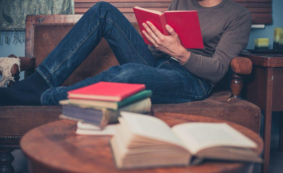 leggere un libro al giorno
